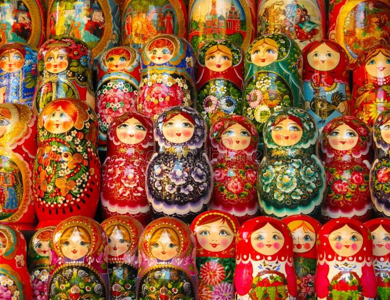 Ρωσικές κούκλες matryoshka στοκ εικόνα