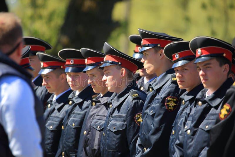 Ρωσικοί μαθητές στρατιωτικής σχολής στη διαταγή στοκ εικόνες