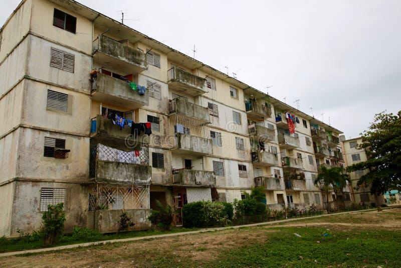 Ρωσικός-χτισμένη πολυκατοικία, Κούβα στοκ εικόνες
