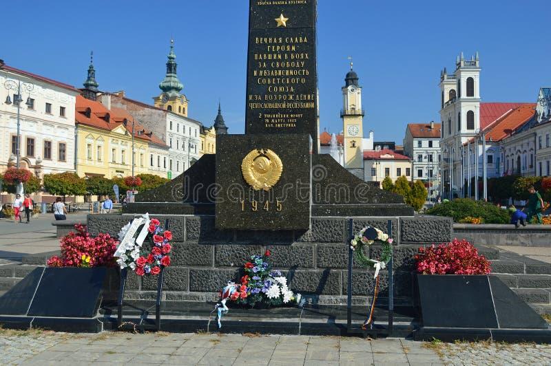 Ρωσικό πολεμικό μνημείο Banskà ¡ Bystrica στην κύρια τετραγωνική Σλοβακία στοκ εικόνες