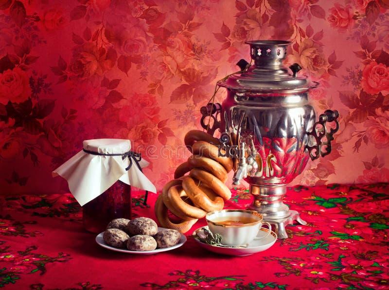 ρωσικό τσάι στοκ εικόνα με δικαίωμα ελεύθερης χρήσης