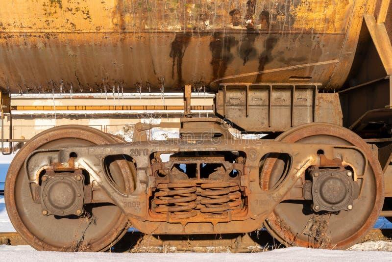 Ρόδες ενός τραίνου σιδηροδρόμων στοκ εικόνα