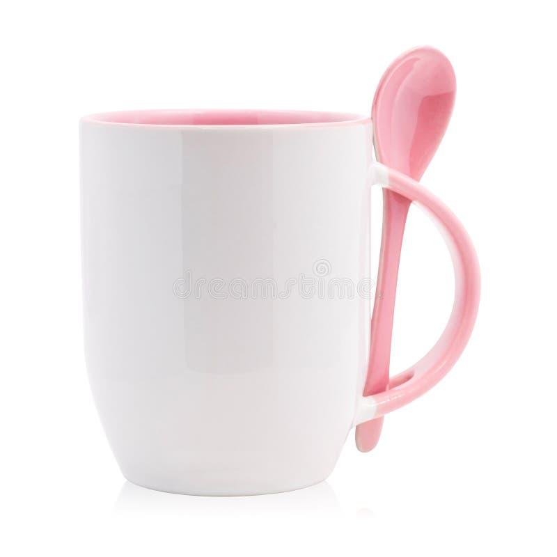 Ρόδινα κούπα και κουτάλι καφέ που απομονώνονται στο άσπρο υπόβαθρο Κενό φλυτζάνι τσαγιού για το σχέδιό σας r διανυσματική απεικόνιση