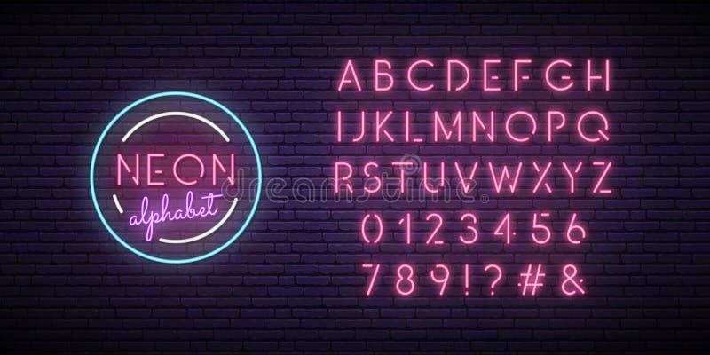 Ρόδινη πηγή νέου Αγγλικά αλφάβητο και σημάδι αριθμών ελεύθερη απεικόνιση δικαιώματος