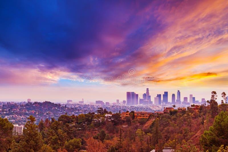 Ρόδινο ηλιοβασίλεμα πέρα από το Λος Άντζελες στοκ φωτογραφίες με δικαίωμα ελεύθερης χρήσης