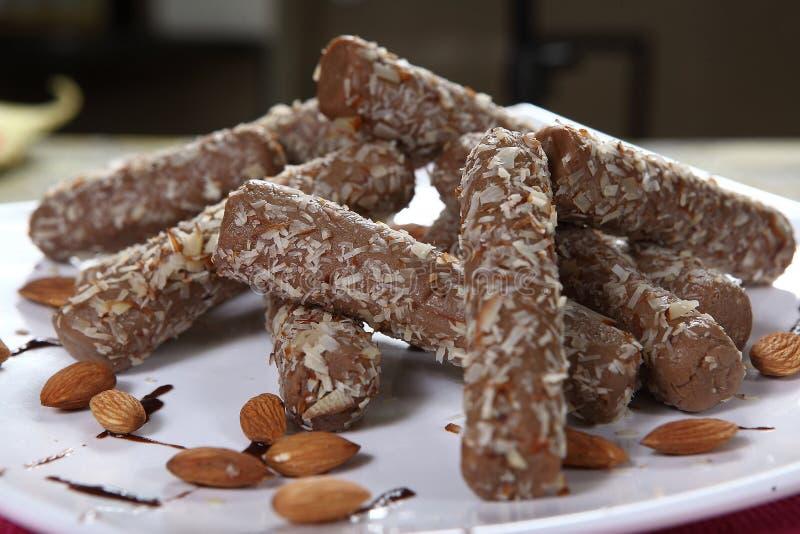 Ρόλοι αμυγδάλων σοκολάτας στοκ εικόνες με δικαίωμα ελεύθερης χρήσης