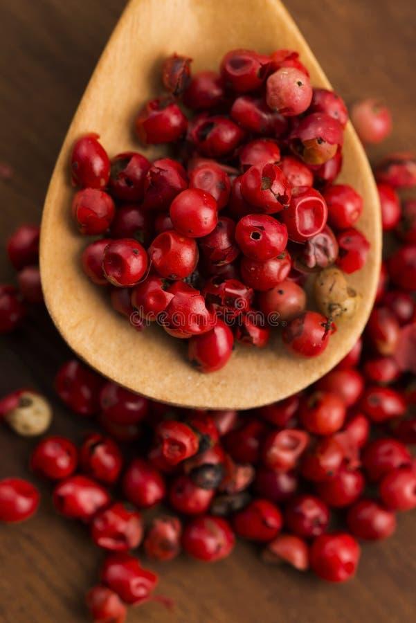 Ρόδινα peppercorns στοκ εικόνες