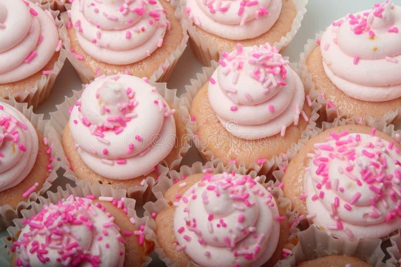 Ρόδινη λεμονάδα Cupcakes στοκ φωτογραφία