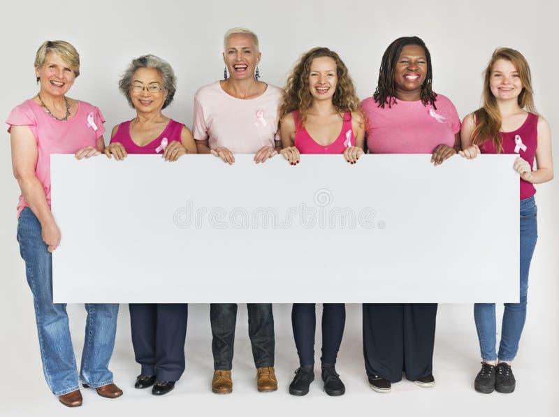 Ρόδινη κορδελλών καρκίνου του μαστού συνειδητοποίησης έννοια εμβλημάτων αντιγράφων διαστημική στοκ φωτογραφία με δικαίωμα ελεύθερης χρήσης