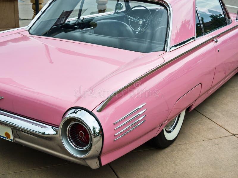 1961 ρόδινο Thunderbird στοκ φωτογραφίες με δικαίωμα ελεύθερης χρήσης