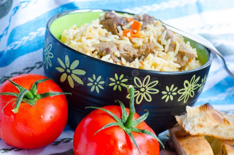 Ρύζι με το κρέας και τα καρότα στοκ εικόνες