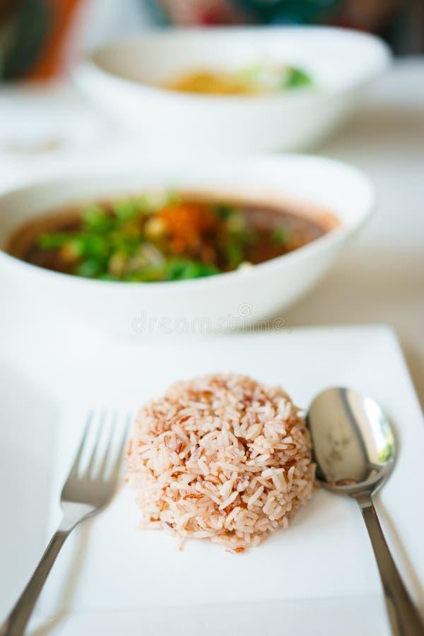 Ρύζι Riceberry με το ταϊλανδικό νουντλς στοκ φωτογραφίες με δικαίωμα ελεύθερης χρήσης