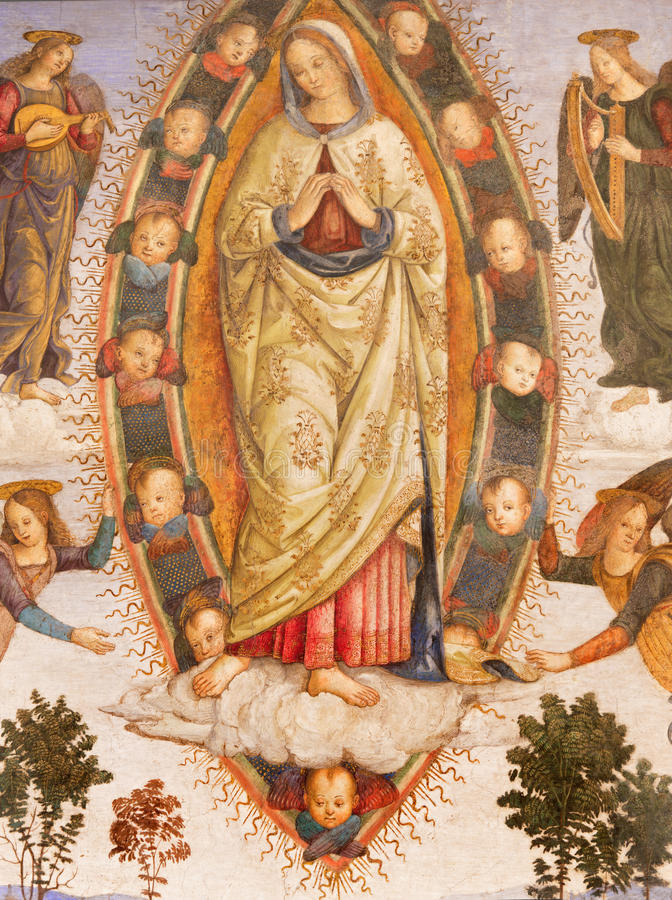 Ρώμη - υπόθεση της Virgin Mary από τον αρωγό Aiuto del Pinturicchio στο παρεκκλησι Rovere della Basso στην εκκλησία στοκ εικόνες