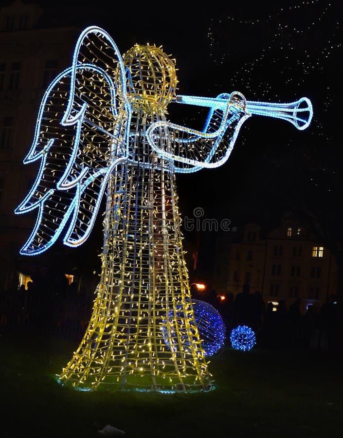 Σάλπιγγα παιχνιδιού αγγέλου Χριστουγέννων Χριστουγέννων στοκ εικόνα