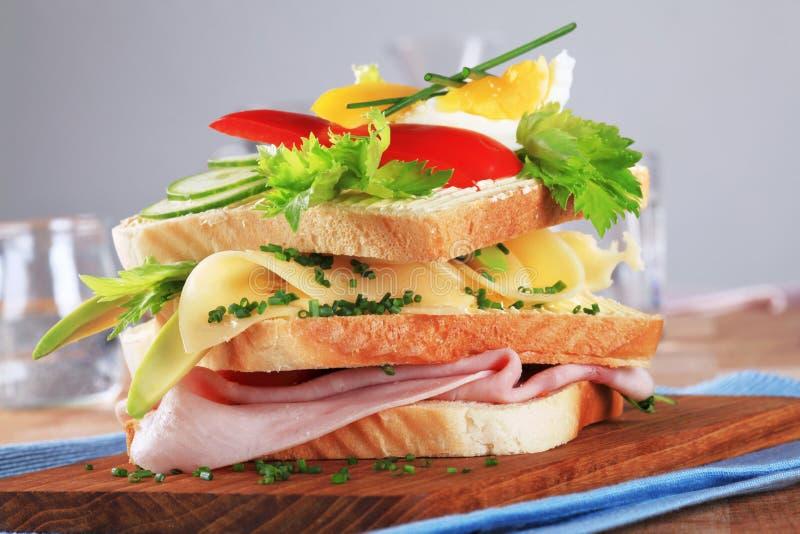 Σάντουιτς ζαμπόν και τυριών στοκ εικόνες
