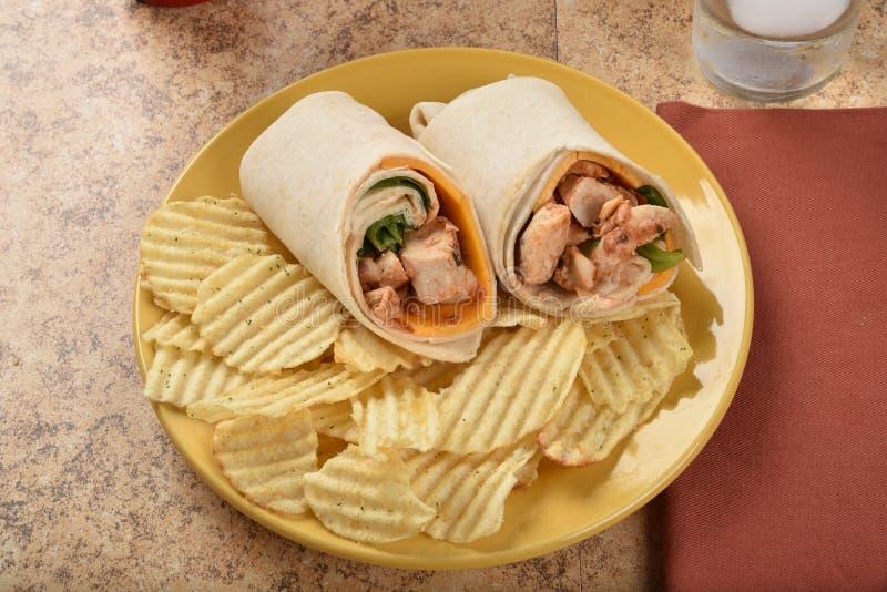 Σάντουιτς περικαλυμμάτων κοτόπουλου στοκ φωτογραφία με δικαίωμα ελεύθερης χρήσης