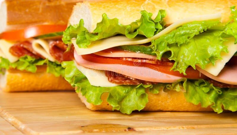 Download σάντουιτς στοκ εικόνες. εικόνα από γεύμα, πορτοκάλι, juicy - 22796652