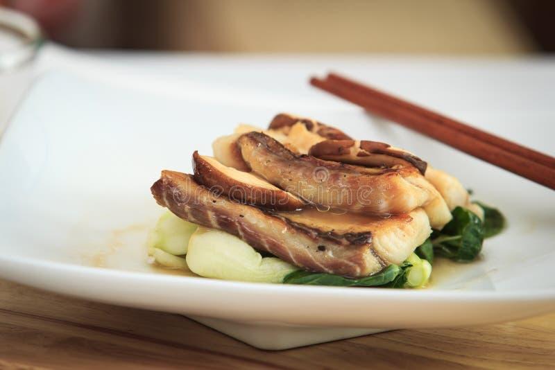 Σάλτσα ψαριών και φρέσκα μανιτάρια στοκ εικόνα με δικαίωμα ελεύθερης χρήσης