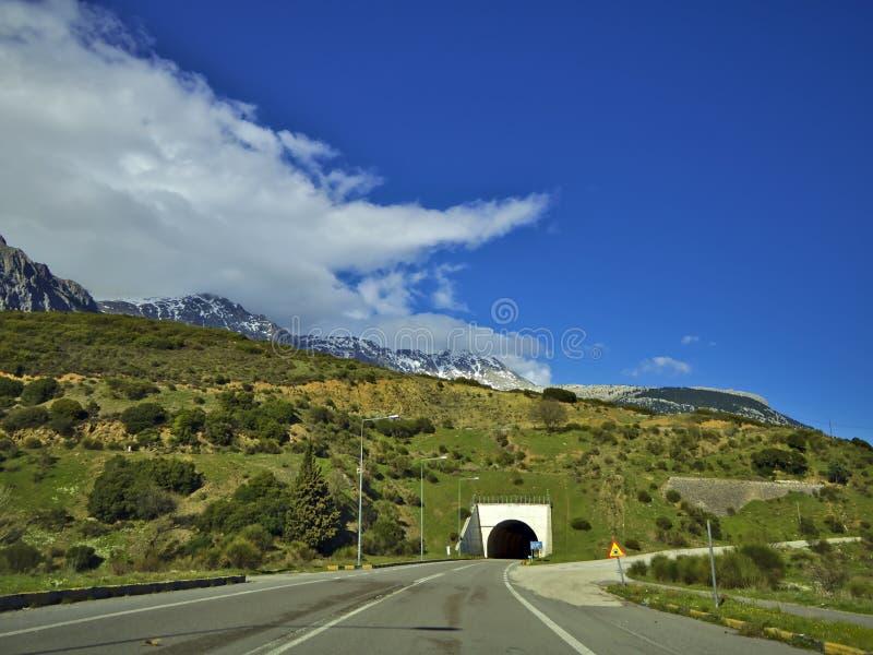 Σήραγγα βουνών στοκ φωτογραφίες
