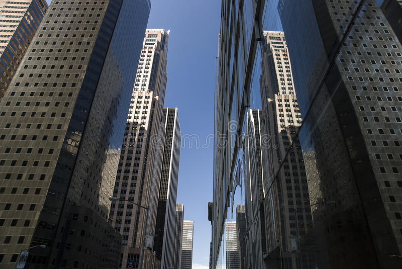 Σήραγγα ουρανοξυστών της Νέας Υόρκης στοκ φωτογραφία με δικαίωμα ελεύθερης χρήσης