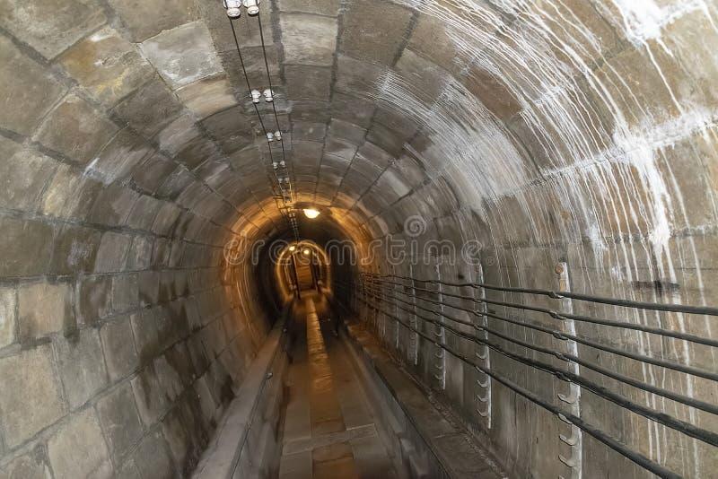Σήραγγα που συνδέει τις υπόγειες κατασκευές Fort de Mutzig, φρούριο Kaiser Willheim ΙΙ στοκ φωτογραφίες με δικαίωμα ελεύθερης χρήσης