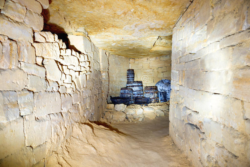 Σήραγγα στο ορυχείο λατομείων πετρών στοκ φωτογραφία με δικαίωμα ελεύθερης χρήσης