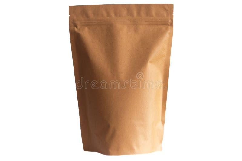 Σακούλα εγγράφου της Kraft doypack με το φερμουάρ στο άσπρο υπόβαθρο στοκ φωτογραφία με δικαίωμα ελεύθερης χρήσης