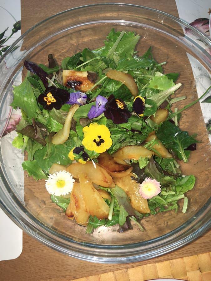 Σαλάτα λουλουδιών στοκ φωτογραφίες με δικαίωμα ελεύθερης χρήσης