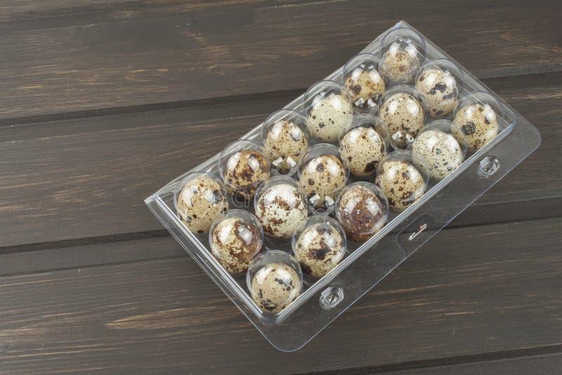 σαν αυγά ανασκόπησης πολλές νησοπέρδικες στοκ εικόνα με δικαίωμα ελεύθερης χρήσης