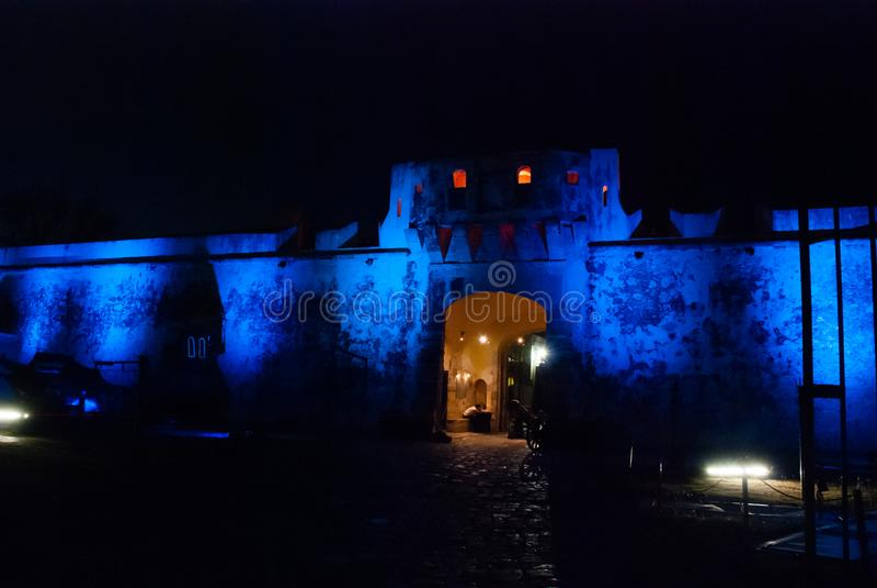 Σαν Φρανσίσκο de Campeche, Μεξικό: Παλαιοί τοίχος και είσοδος φρουρίων στο ιστορικό κέντρο Πύλη Puerta de Tierra εδάφους τη νύχτα στοκ φωτογραφίες με δικαίωμα ελεύθερης χρήσης