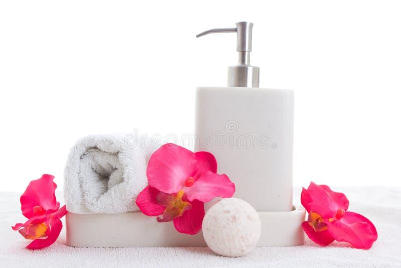 Σαπούνι χεριών, πετσέτα και ρόδινη ορχιδέα στοκ φωτογραφίες με δικαίωμα ελεύθερης χρήσης