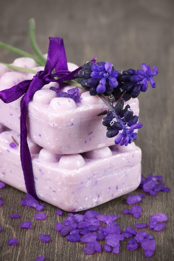 Σαπούνι Lavander στοκ εικόνες με δικαίωμα ελεύθερης χρήσης