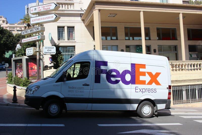 Σαφές φορτηγό της Fedex στο Μόντε Κάρλο, Μονακό στοκ φωτογραφίες