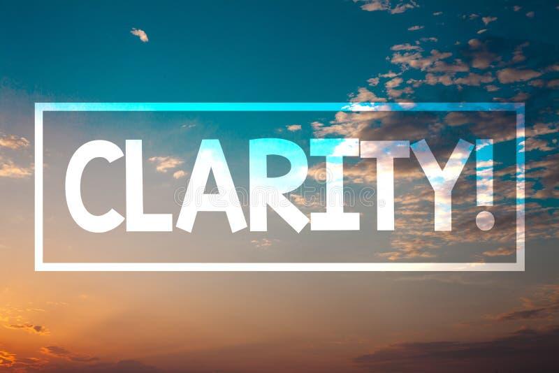 Σαφήνεια κειμένων γραφής Έννοια που σημαίνει το μπλε ora παραλιών ηλιοβασιλέματος ακρίβειας διαφάνειας δυνατότητας κατανόησης αγν στοκ φωτογραφία
