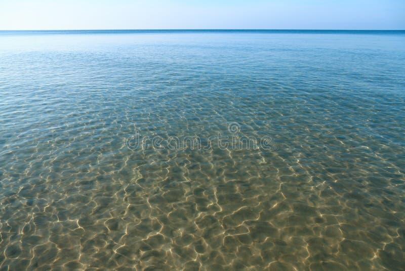 Σαφής θάλασσα… στοκ φωτογραφία