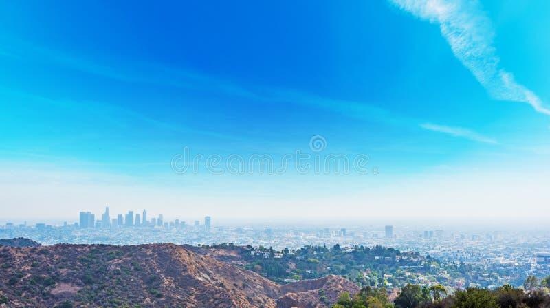 Σαφής ουρανός πέρα από το Λος Άντζελες στοκ φωτογραφίες