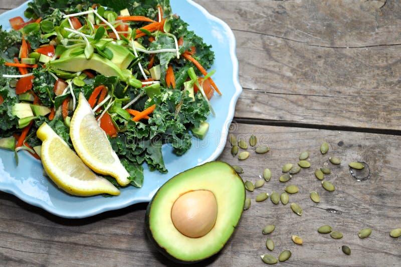 Σαλάτα του Kale στοκ εικόνα με δικαίωμα ελεύθερης χρήσης