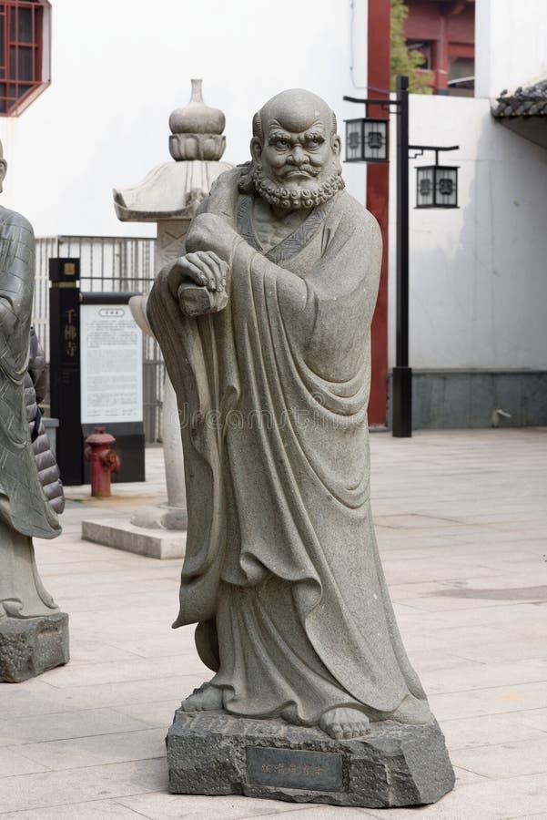 Σεβάσμιο γλυπτική-μεγάλο άγαλμα πετρών δεκαοχτώ στοκ εικόνες με δικαίωμα ελεύθερης χρήσης