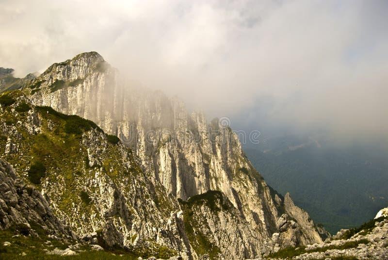 σειρά piatra βουνών craiului στοκ εικόνες