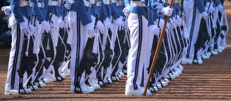 Σειρές των εθιμοτυπικών στρατευμάτων στοκ φωτογραφία