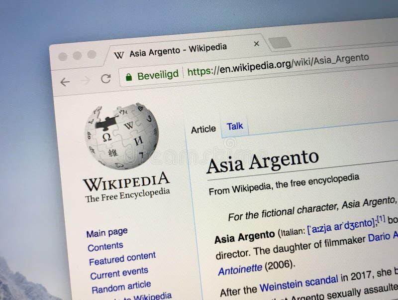 Σελίδα Wikipedia για την Ασία Argento στοκ εικόνα