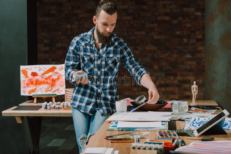 Σε απευθείας σύνδεση μόνη εκπαίδευση εκπαιδευτικών μαθημάτων Καλών Τεχνών στοκ εικόνες με δικαίωμα ελεύθερης χρήσης