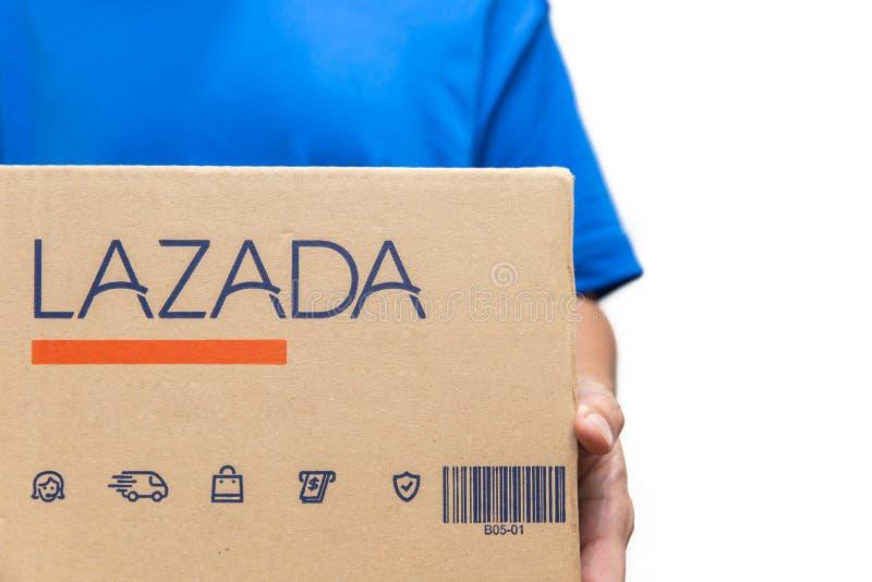 Σε απευθείας σύνδεση ψωνίζοντας επιχείρηση ηλεκτρονικού εμπορίου Lazada δημοφιλής στο νοτιοανατολικό σημείο Ασιάτης στοκ φωτογραφίες