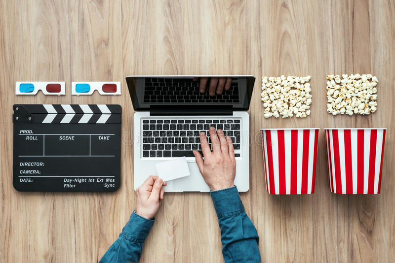 Σε απευθείας σύνδεση ρέοντας κινηματογράφος στοκ φωτογραφία με δικαίωμα ελεύθερης χρήσης