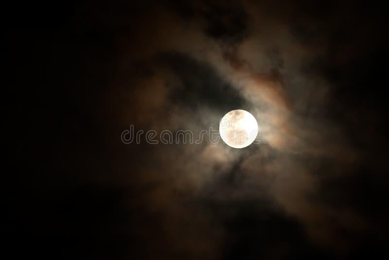 Σεληνόφωτο, φεγγάρι αίματος στοκ εικόνες