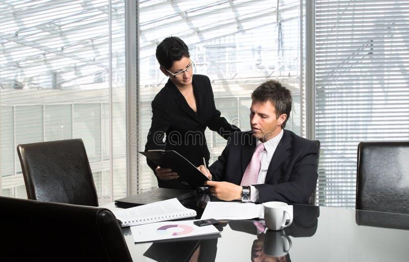 σημάδια εγγράφων CEO στοκ φωτογραφία