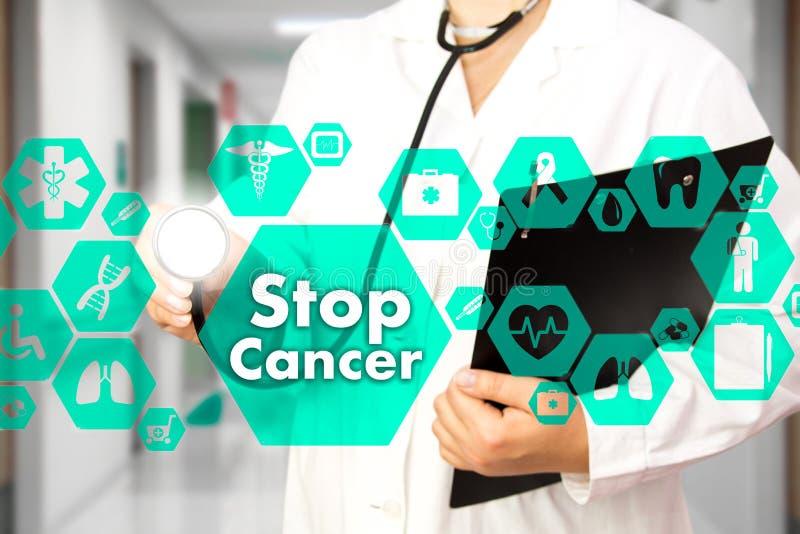 Σημάδι καρκίνου στάσεων στην ιατρική σύνδεση δικτύων στην εικονική οθόνη στο υπόβαθρο νοσοκομείων Έννοια τεχνολογίας και ιατρικής στοκ φωτογραφίες