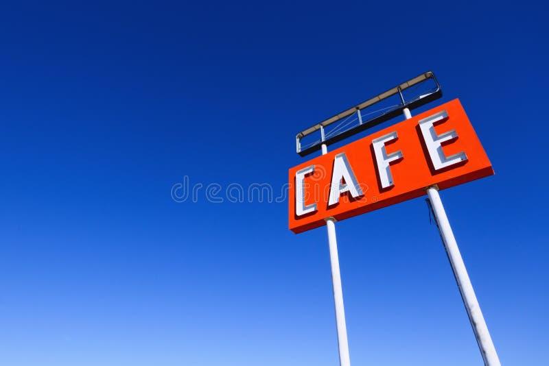 Σημάδι καφέδων στη διαδρομή 66 στοκ εικόνα