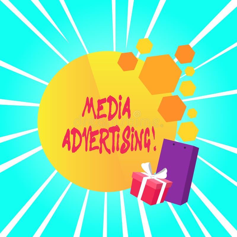 Σημάδι κειμένων που παρουσιάζει διαφήμιση MEDIA Εννοιολογική φωτογραφία που επιλέγει τα αποτελεσματικά μέσα για μια διαφημιστική  διανυσματική απεικόνιση