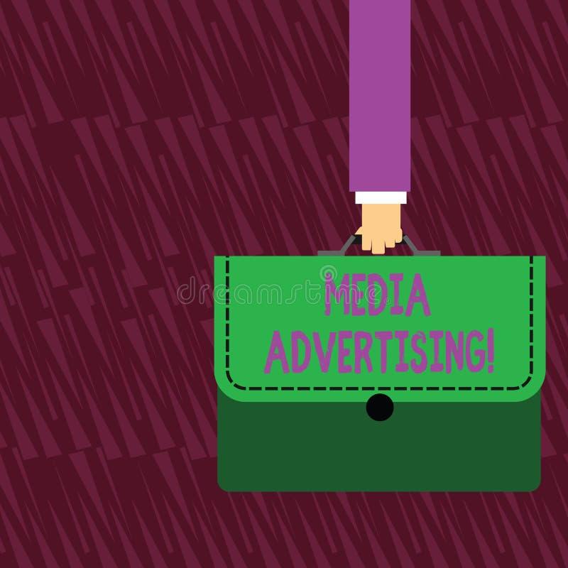 Σημάδι κειμένων που παρουσιάζει διαφήμιση MEDIA Εννοιολογική φωτογραφία που επιλέγει τα αποτελεσματικά μέσα για μια διαφημιστική  απεικόνιση αποθεμάτων